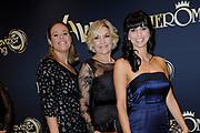 48e Gouden Televizier-Ring Gala in het Amsterdamse theater Carré.<br /> <br /> Op de foto:   Selma van Dijk, Gallyon van Vessem en Sandra Schuurhof