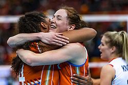 15-10-2018 JPN: World Championship Volleyball Women day 16, Nagoya<br /> Netherlands - USA 3-2 / Celeste Plak #4 of Netherlands, Lonneke Sloetjes #10 of Netherlands