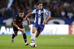 October 28, 2018 - Porto, Porto, Portugal - Porto's Spanish midfielder Oliver Torres in action during the Premier League 2018/19 match between FC Porto and CD Feirense, at Dragao Stadium in Porto on October 28, 2018. (Credit Image: © Dpi/NurPhoto via ZUMA Press)