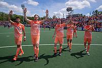 AMSTELVEEN - oa Glenn Schuurman (Ned), Mirco Pruyser (Ned) , Seve van Ass (Ned) en Lars Balk (Ned)  bedanken het publiek,  EK hockey, finale Nederland-Duitsland 2-2. mannen.  Nederland wint de shoot outs en is Europees Kampioen.  COPYRIGHT KOEN SUYK