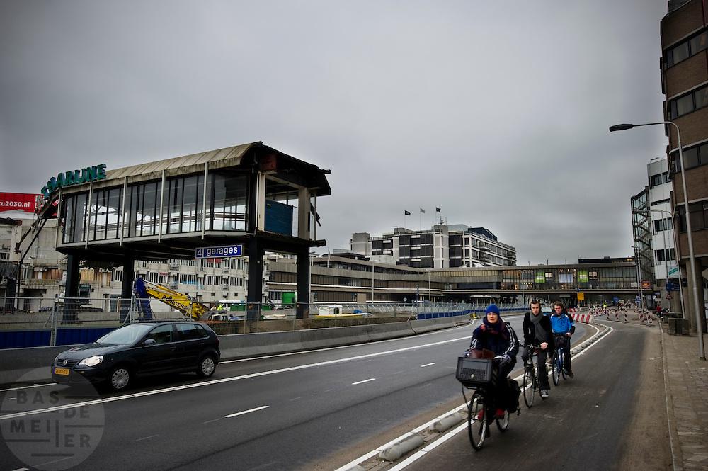 Sloop van de Catherijnepassage voor de bouw van het nieuwe stationsgebied