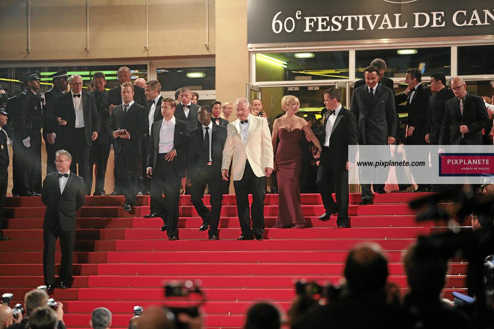 Steven Soderbergh - Andy Garcia - Don Cheadl - George Clooney - Brad Pitt - Matt Damon - Andy Garcia - Scott Caan - Shaobo Qin - Brad Pitt - Andy Garcia - Don Cheadl - - Festival de Cannes - Sortie du film Ocean 13 - 24/05/2007 - JSB / PixPlanete