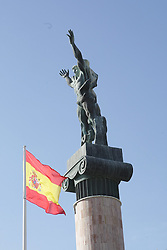 08.01.2012, Puerto Banus, Andalusien, ESP, Puerto Banus, im Bild La Victoria Statue mit spanischer Flagge in Puerto Banus, Andalusien, Spanien. EXPA Pictures © 2012, PhotoCredit: EXPA/ Eibner Pressefoto/ Latendorf..ATTENTION - GERMANY OUT! *****
