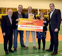 30-12-2014 NED: Eurosped Volleybal Experience Nevobo Volleybal Award, Almelo<br /> Prima Donna Kaas werd de beste promotor van de breedtesport ambities uit de volleybal agenda 2012-2016 van de Nevobo.