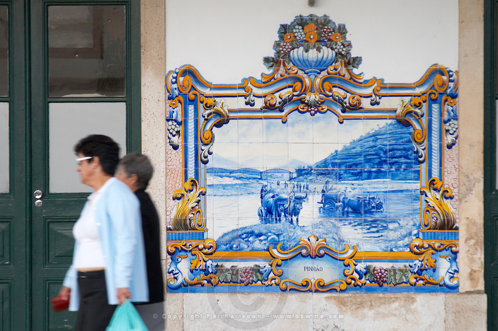 train station azulejos pinhao douro portugal