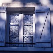 Paris: Windows