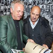 """NLD/Amsterdam20151113 - Boekpresentatie,""""Ik ben niet van Suiker"""" door Gordon, Gordon en John van den Heuvel"""