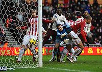Fotball<br /> England<br /> Foto: Colorsport/Digitalsport<br /> NORWAY ONLY<br /> <br /> 05.02.2011<br /> Football - Premier League - Stoke City vs. Sunderland<br /> Robert Huth of Stoke City scores their second goal at the Britannia Stadium, Stoke<br /> John Carew