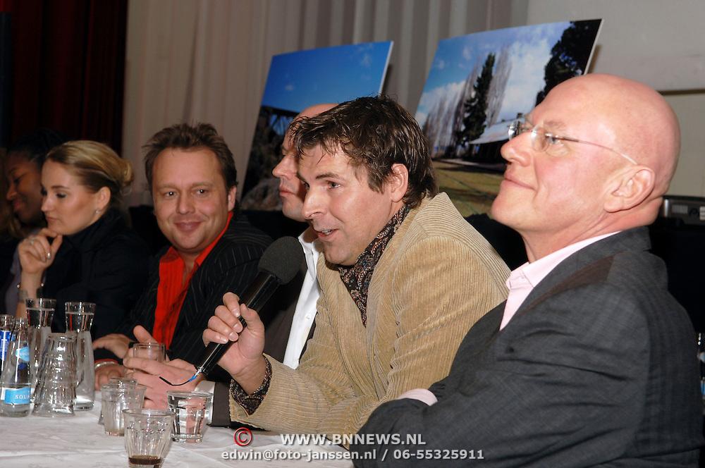 NLD/Amsterdam/20060303 - Perspresentatie Wie is de Mol 2006, Toine van Peperstraten