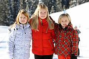Fotosessie met de koninklijke familie in Lech /// Photoshoot with the Dutch royal family in Lech .<br /> <br /> Op de foto / On the photo: Prinses Amalia, Prinses Alexia en Prinses Ariane /////   Princess Amalia, Princess Alexia and Princess Ariane