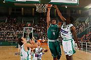 DESCRIZIONE : Avellino Lega A 2011-12 Sidigas Avellino Benetton Treviso<br /> GIOCATORE : Jeff Adrien<br /> SQUADRA : Benetton Treviso<br /> EVENTO : Campionato Lega A 2011-2012<br /> GARA : Sidigas Avellino Benetton Treviso<br /> DATA : 22/10/2011<br /> CATEGORIA : tiro schiacciata<br /> SPORT : Pallacanestro<br /> AUTORE : Agenzia Ciamillo-Castoria/A.De Lise<br /> Galleria : Lega Basket A 2011-2012<br /> Fotonotizia : Avellino Lega A 2011-12 Sidigas Avellino Benetton Treviso<br /> Predefinita :