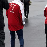 08.10.2020, Nürburgring, Nürburg, Formula 1 Aramco Grosser Preis der Eifel 2020<br /> , im Bild<br />Mick Schumacher (Alfa Romeo Racing ORLEN) geht mit seinen Ingenieuren über die Strecke<br /> <br /> Foto © nordphoto / Bratic
