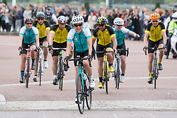Embargoed to 0001 Wednesday December 28 File photo dated 25/09/16 of the Countess of Wessex (centre) arriving in London at the end of a 450-mile cycling challenge from the Palace of Holyroodhouse in Edinburgh to Buckingham Palace in London, for her 'DofE Diamond Challenge' which marks the 60th anniversary of The Duke of Edinburgh's Award Scheme.