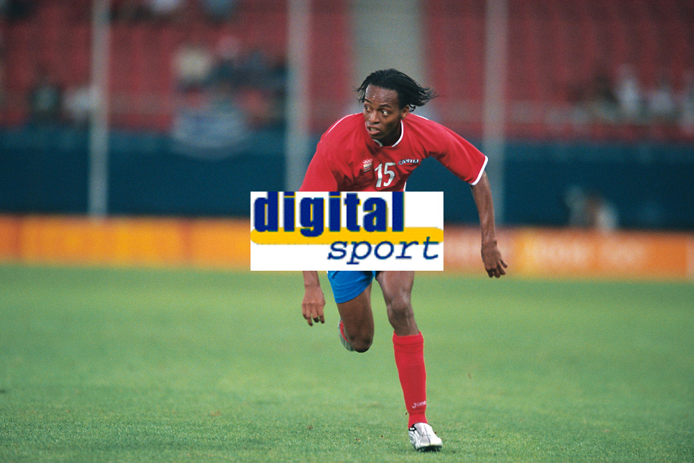Junior Diaz (Costa Rica).Mens Football. Iraq v Costa Rica. Athens Olympics 2004. 15/8/04. Credit Colorsport/Andrew Cowie