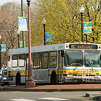 Bus coming into Harvard Square