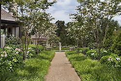 40577_Grenata_Garden_Path_F_2.jpg