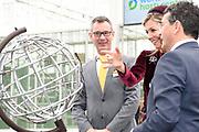 Koningin Maxima heeft het internationale kennis- en innovatiecentrum voor de glastuinbouw, het World Horti Center in Westland geopend.<br /> <br /> Queen Maxima has opened the international knowledge and innovation center for greenhouse horticulture, the World Horti Center in Westland.
