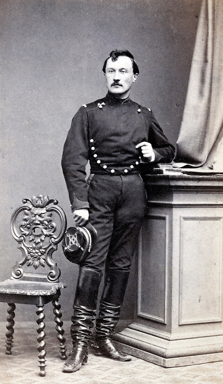 adult man posing in military uniform France 1800s