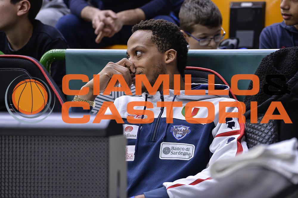 DESCRIZIONE : Eurocup 2015-2016 Last 32 Group N Dinamo Banco di Sardegna Sassari - Szolnoki Olaj<br /> GIOCATORE : Kenneth Kadji<br /> CATEGORIA : Ritratto Before Pregame<br /> SQUADRA : Dinamo Banco di Sardegna Sassari<br /> EVENTO : Eurocup 2015-2016<br /> GARA : Dinamo Banco di Sardegna Sassari - Szolnoki Olaj<br /> DATA : 03/02/2016<br /> SPORT : Pallacanestro <br /> AUTORE : Agenzia Ciamillo-Castoria/L.Canu