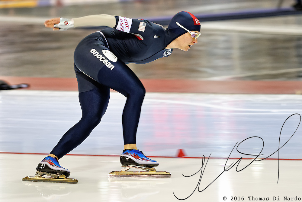 Catherine Rainey Norman (USA) competes in the 3000m distance at the Essent ISU World Cup Speed Skating event held at the Utah Olympic Oval in Salt Lake City (USA) - March 6-7, 2009.