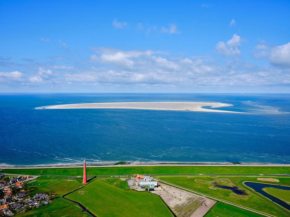 Nederland, Noord-Holland, gemeente Den Helder, 07-05-2021; Huisduinen met vuurtoren Kijkduin (Lange Jaap). Zicht op de zandplaat Noorderhaaks en Razende Bol(de oostelijke punt).<br /> Huisduinen with lighthouse Kijkduin (Lange Jaap). View of the sandbank Noorderhaaks and Razende Bol (the eastern point).<br /> luchtfoto (toeslag op standard tarieven);<br /> aerial photo (additional fee required)<br /> copyright © 2021 foto/photo Siebe Swart