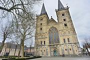 Duitsland, Xanten, 6-4-2012In dity duitse stadje vlak over de grens van nederland bij nijmegen staat een gotische dom, kerk. Xanten was ook bekend tijdens de tijd van de romeinen. Het ligt op de pelgrimsroute naar santiago de compostella.Foto: Flip Franssen/Hollandse Hoogte