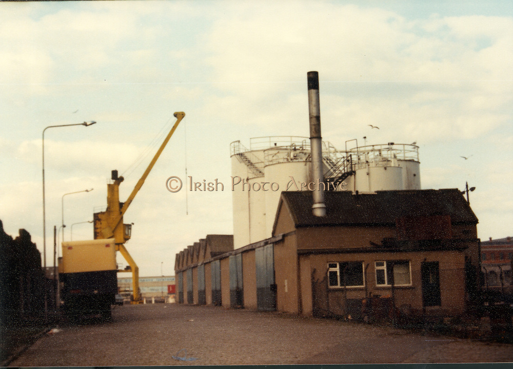Old Dublin Amature Photos April 1983 WITH, Canal Locke's, Ringsend, Cottage, Hailing Station, Misery Hill, Lime St, Hanover St, east, Cardiff Lane, Britain Quay, crane on port, Old amateur photos of Dublin streets churches, cars, lanes, roads, shops schools, hospitals