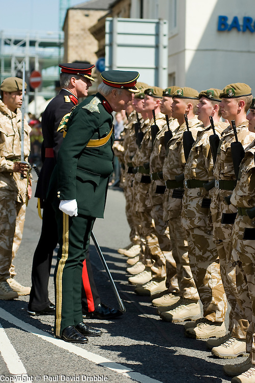 Deputy Lord Lieutenant Colonel Jonathan Hunt OBE, Colonel of the Regiment  Colonel Simon Newton MBE Inspects members of the Yorkshire Regiment.  Freedom Parade 3rd Battalion The Yorkshire Regiment Barnsley South Yorkshire  22 June 2010 .Images © Paul David Drabble.
