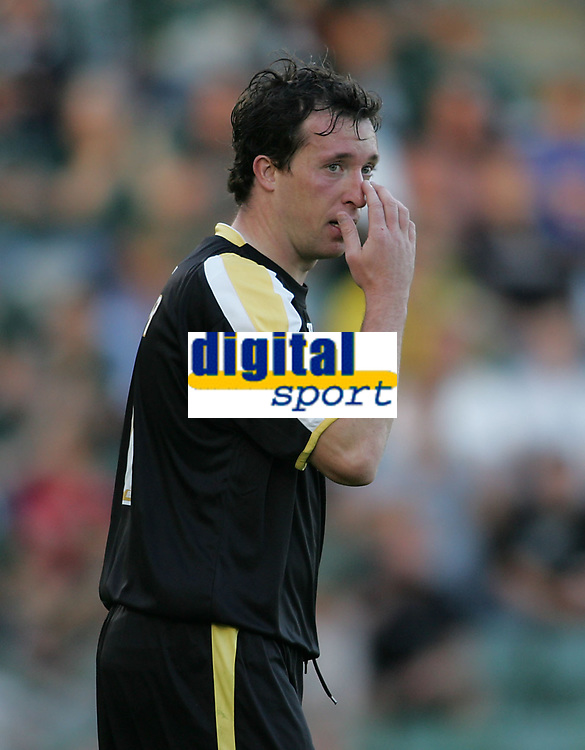 Photo: Lee Earle.<br /> Plymouth Argyle v Cardiff City. Coca Cola Championship. 15/09/2007.Cardiff's Robbie Fowler looks dejected after going close on goal.