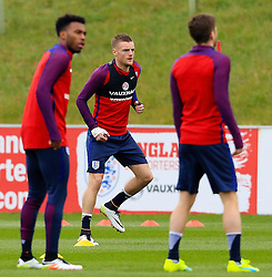 England's Jamie Vardy (Leicester City) warm up - Mandatory byline: Matt McNulty/JMP - 22/03/2016 - FOOTBALL - St George's Park - Burton Upon Trent, England - Germany v England - International Friendly - England Training and Press Conference