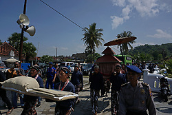 April 27, 2017 - Yogyakarta, Yogyakarta, Indonesia - Javanese people follow the procession the ceremony of Labuhan at Parangkusumo Beach, Yogyakarta, Indonesia, on April 28, 2017. The ritualis is believed to help prevent the balance of nature and held every 30th of the month of Rajab in the Javanese calendar to commemorate the coronation of the Sultan Yogyakarta Palace. (Credit Image: © Nugroho Hadi Santoso/NurPhoto via ZUMA Press)