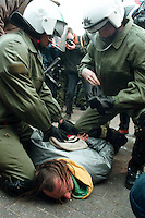 20.03.1998, Germany, Ahaus:<br /> Demonstrant gegen Castor Transport wird bei Sitzblockade von Polizei festgenommen, Castor Transport nach Ahaus<br /> IMAGE: 19980320-01/01-20<br />  <br />  <br />  <br /> KEYWORDS: Verhaftung, Festnahme, Demo, Demonstration