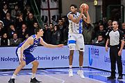 DESCRIZIONE : Campionato 2014/15 Serie A Beko Dinamo Banco di Sardegna Sassari - Acqua Vitasnella Cantu'<br /> GIOCATORE : Jeff Brooks<br /> CATEGORIA : Passaggio Controcampo<br /> SQUADRA : Dinamo Banco di Sardegna Sassari<br /> EVENTO : LegaBasket Serie A Beko 2014/2015<br /> GARA : Dinamo Banco di Sardegna Sassari - Acqua Vitasnella Cantu'<br /> DATA : 28/02/2015<br /> SPORT : Pallacanestro <br /> AUTORE : Agenzia Ciamillo-Castoria/L.Canu<br /> Galleria : LegaBasket Serie A Beko 2014/2015