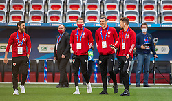 NICE, FRANCE - Wednesday, June 2, 2021: Wales' Joe Allen, Chris Gunter, captain Gareth Bale, and Aaron Ramsey inspect the pitch before an international friendly match between France and Wales at the Stade Allianz Riviera ahead of the UEFA Euro 2020 tournament. (Pic by Simone Arveda/Propaganda)