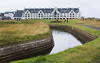 CARNOUSTIE Schotland - Rivier The Barry Burn voor de green van hole 18.  Carnoustie Golf Links. COPYRIGHT KOEN SUYK