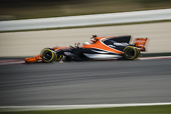 March 1, 2017 - Montmelo, Catalonia, Spain - FERNANDO ALONSO (ESP) drives in his McLaren-Honda MCL32 on track during day 3 of Formula One testing at Circuit de Catalunya (Credit Image: © Matthias Oesterle via ZUMA Wire)
