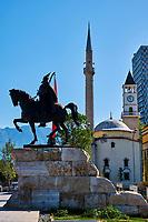 Albanie, Tirana, place Skanderbeg, statue de Skanderbeg // Albania, Tirana, Skanderbeg square and statue