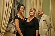 Saffron Aldridge and Kay Saatchi, Book launch of 'A Much Married Man' by Nicholas Coleridge. English Speaking Union. London. 4 May 2006. ONE TIME USE ONLY - DO NOT ARCHIVE  © Copyright Photograph by Dafydd Jones 66 Stockwell Park Rd. London SW9 0DA Tel 020 7733 0108 www.dafjones.com