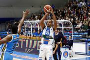 DESCRIZIONE : Capo dOrlando Lega A 2015-16 Betaland Orlandina Basket Vanoli Cremona<br /> GIOCATORE : Laurence Bowers <br /> CATEGORIA : Tiro Three Point <br /> SQUADRA : Betaland Orlandina Basket<br /> EVENTO : Campionato Lega A Beko 2015-2016 <br /> GARA : Betaland Orlandina Basket Vanoli Cremona<br /> DATA : 15/11/2015<br /> SPORT : Pallacanestro <br /> AUTORE : Agenzia Ciamillo-Castoria/G.Pappalardo<br /> Galleria : Lega Basket A Beko 2015-2016<br /> Fotonotizia : Capo dOrlando Lega A Beko 2015-16 Betaland Orlandina Basket Vanoli Cremona