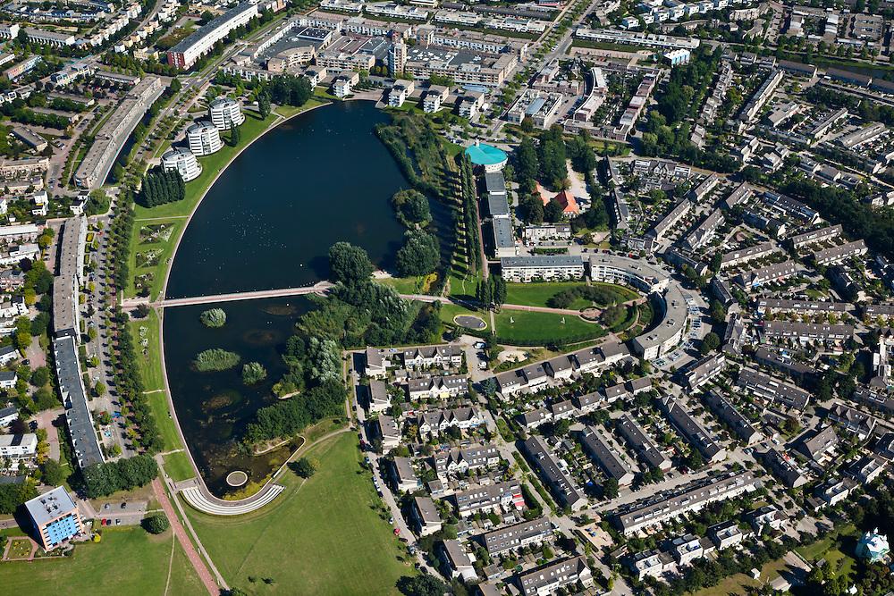 Nederland, Utrecht, Amersfoort, 06-09-2010; torenflat La Balise aan het begin van de nieuwbouwwijk Nieuwland, op de grens van het landelijk gebied van  Polder Zeldert.La Balise skyscraper at the beginning of the new district Nieuwland, on the border of the rural area of Polder Zeldert.The new districts  Kattenbroek and Nieuwland, on the border of and built in the polders.luchtfoto (toeslag), aerial photo (additional fee required).foto/photo Siebe Swart