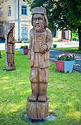 Rzeźby na skwerze w centrum Sejn, Polska<br /> Sculpture on the square in the centre of Sejny, Poland