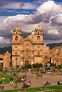 PERU, HIGHLANDS, CUZCO Plaza de Armas and La Compania church
