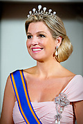 Queen Maxima poses with Chinese President Xi Jinping and his wife Peng Liyuan before the state banquet at the Royal palace Amsterdam, The Netherlands, 22 March 2014. The Chinese president is in The Netherlands for a two day state visit before the NSS summit in The Hague. POOL