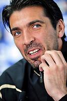 Gianluigi Buffon<br /> Conferenza stampa di Gianuligi Buffon durante il ritiro della Nazionale Italiana a Sestriere<br /> Sestriere (TO), 27 / 05 / 2010<br /> © Giorgio Perottino / Insidefoto