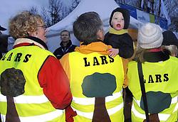 07-01-2007 WIELRENNEN: NK VELDRIJDEN MANNEN: WOERDEN<br /> Lars Boom is in Woerden Nederlands kampioen veldrijden geworden - zijn vaste supporters<br /> ©2007-WWW.FOTOHOOGENDOORN.NL