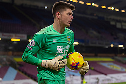 BURNLEY, ENGLAND - Tuesday, December 29, 2020: Burnley's goalkeeper Nick Pope during the FA Premier League match between Burnley FC and Sheffield United FC at Turf Moor. Burnley won 1-0. (Pic by David Rawcliffe/Propaganda)