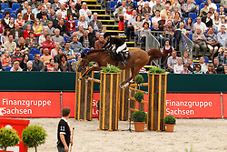 Alexander Edwina (AUS) - Cevo Socrates<br /> Rolex FEI World Cup Final Jumping 2011<br /> © Hippo Foto - Leanjo de Koster