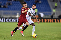 October 28, 2017 - Rome, Italy - Stephan El Shaarawy of Roma is challenged by Erick Pulgar of Bologna during the Serie A match between Roma and Bologna at Olympic Stadium, Roma, Italy on 28 October 2017. (Credit Image: © Giuseppe Maffia/NurPhoto via ZUMA Press)
