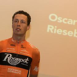 05-01-2018: Wielrennen: Presentatie Team Roompot: Rotterdam <br />Oscar Riesebeek