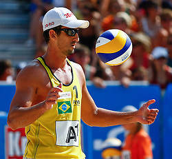 07.08.2011, Klagenfurt, Strandbad, AUT, Beachvolleyball World Tour Grand Slam 2011, im Bild Pedro Cunha (BRA), EXPA Pictures © 2011, PhotoCredit: EXPA/ Erwin Scheriau